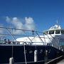 石垣島離島ターミナル埠頭に停泊中のジェットボート。