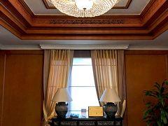 前の旅行記 【No.2】https://4travel.jp/travelogue/11403602   3日目です。 クルンテープウィングのエレベーターホール。 すてき☆