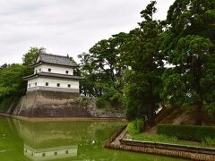 新発田城。現在は城跡の大部分が自衛隊駐屯地に。全国でも珍しい例だとか