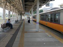 私は米沢までそのまま向かう。  坂町7:42ー米沢9:56