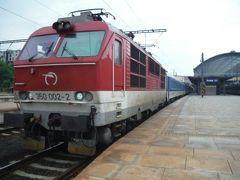 おいしいビールを飲み終えてプルゼニュ駅に戻り、プラハ駅に着きました。