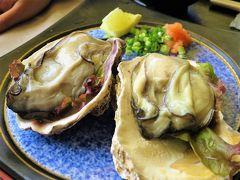 【道の駅 笹川流れ 夕日会館】  牡蠣の旬は冬ですが、 岩がきは夏なんですね~ 大きくてぷりっぷり。たまりません