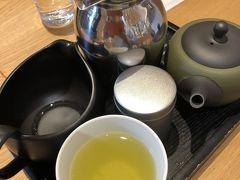 参拝後は隣接しているお土産売り場の中の喫茶店でお茶をいただきました
