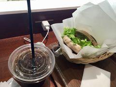 15時という中途半端な時間でしたが、昼食を食べ損ねたのでベーグルサンド。 もうすっかりアメリカ気分で、和食は選びませんでした。