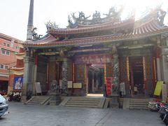 祀典武廟から徒歩数分で次の目的地、大天后宮へ。 ここには媽祖が祀られており、ここにも月下老人がいます。