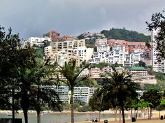 【レパルス・ベイ】 映画「慕情」の舞台として、世界に香港をイメージづけた風光明媚な場所。