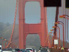 サンフランシスコに到着し、最初の観光はゴールデンブリッジを渡り見学しました