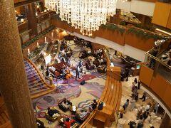 ホテルに戻りました~。 ちょうどジャズのコンサートが行われてました。