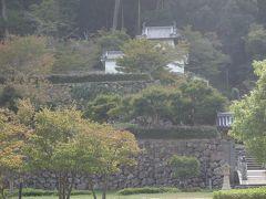 遠くに,出石城跡が見れます。