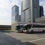 平日とあってバスタ新宿も混雑なし。 きょうは移動だけなので9時半発の便に乗る。