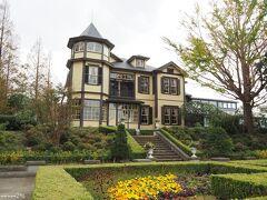 外交官の家 (こちらは26日の写真です。)