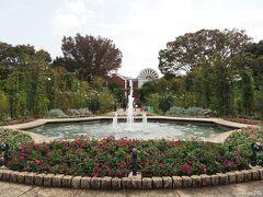 港の見える丘公園 沈床花壇の噴水