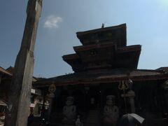 ダッタトラヤ寺院。