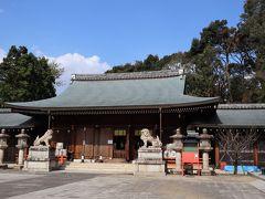 ここは坂本龍馬をはじめ維新の志士たちが眠る神社。 維新で活躍した人々を偲ぶ場所。