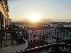 10月26日午前7時。ホテル日航アリビラのラナイ(テラス)からの定点写真。
