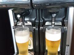 空港まで順調に進み、レンタカーを返却し空港へ移動、チェックイン後お土産を買って、ラウンジでオリオンビール。