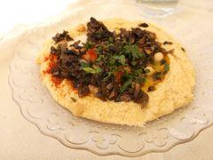 14:00少し遅めのランチ ユダヤ料理のマンドラゴラ。