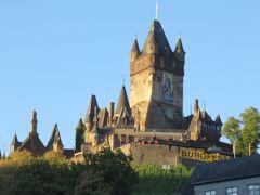 快晴!!  朝日を浴びたライヒスブルク城が素晴らしいです!!
