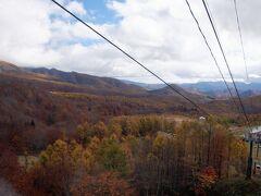お昼と紅葉を食べに? グランデコスキー場へ来ました。ゴンドラに乗って上に行くと紅葉が・・・