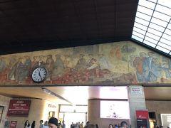 AM11:25 フィレンツェS.M.N駅到着です。 うん、ほぼ時間通り  小さいけれど素敵ですね