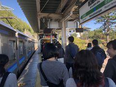 仙石線に乗って松島海岸駅で下車。