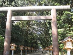 宮崎神宮にやってきました。1週間前は大祭だったようです。