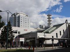 新幹線で山形駅に到着。