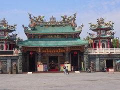 安平開台天后宮へやって来ました。 ここへ来る前に、安平旅遊服務中心で台南のパンフレットをもらいに行ってみました。 ただ、パンフレットの種類が少なかった。台南駅旅遊服務中心さんの方が種類もたくさんあります。