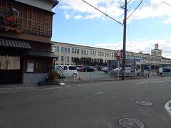 タクシー観光を終えて、運転手さんにお勧めの店を教えてもらって降ろしてもらいました。 近鉄宇治山田駅のすぐ前にある割烹大喜。