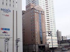 しばらく歩くと今日お泊りするホテルJALシティ仙台が見えてきました。