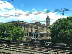 Central station  Circular Quayに着くと「ザ・シドニー」という風景が眼前に広がる