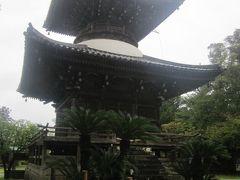 近江の石山寺を彷彿とさせてくれる、立派な多宝塔ですね。 こういう建造物は、北海道内ではあまり見られないので、感動も一入です。
