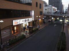 立体駐車場は華の舞の隣が入口。上尾駅方面から一方通行なので要注意。