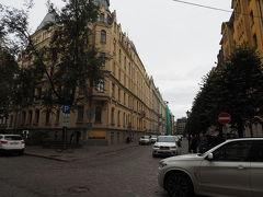街の北側、新市街のアルベルタ通りにはユーゲントシュティール建築の建物が集まっています 建築様式としてはあまり聞きませんが、ラトビアでは名高い建築様式のようです  残念、ここで雨が降ってきてしまいました
