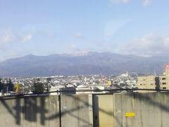 福島到着 先週宿泊した飯坂温泉はあっちかなー