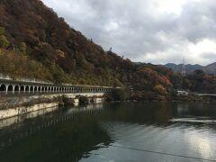 駅までの道は相模湖を見ながら進んでいくので、1時間弱の時間もあっという間でした。