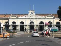 カルカソンヌ駅に到着。