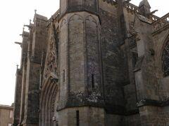 ヨーロッパのどこの都市でもそうですが、城壁都市内部にも聖堂がありました。