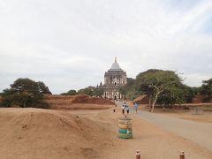 タビニュ寺院はバガンいち高い寺院 1144年建設