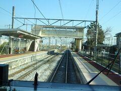 稲荷山駅通過。