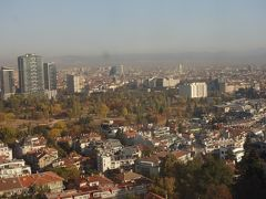 ホテルの部屋からのソフィア市街地方面の景色