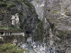 タロコ渓谷で たくさんの写真を撮りました。その中で一番のお気に入りです。