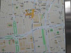 到着したのは忠孝新生駅。 いつもの地図で出口を確かめます。