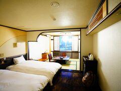 今夜のお宿、阿寒湖荘はさすが老舗!と感じる私好みの昔ながらの古き良き日本の旅館!という風情でした。 源泉掛け流しの温泉もなかなか素晴らしく心から落ち着ける心地良い場所でした。
