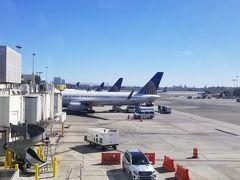 UA661 LAX  16時38分発  ORD  22時25分着       B757-300 元コンチネンタル航空の機体です。