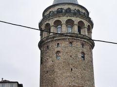 その1からのつづき https://4travel.jp/travelogue/11439440  新市街の目抜き通り『イスティクラール通り』を散策しながらガラタ塔へ。