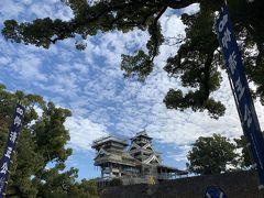 翌日、温泉に行く前に熊本城と加藤神社にご挨拶。 今年も1年無事に過ごせますように。。。