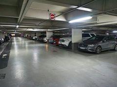 コメディ広場の地下駐車場