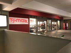また徒歩すぐのTJmaxxへ。