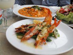 ホテルにチェックイン後、近くの「Cyren Bar Grill Seafood」で軽くディナー ここのシーフードリゾットが絶品です! サラダは量が多くて食べきれませんでしたが。 テラス席からはハーバーが見渡せて気持ちがいいです。 ヒーターもあり暖かいのも嬉しいポイント★